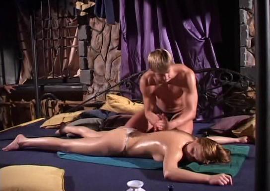 эротический массаж скрытой камерой видео.